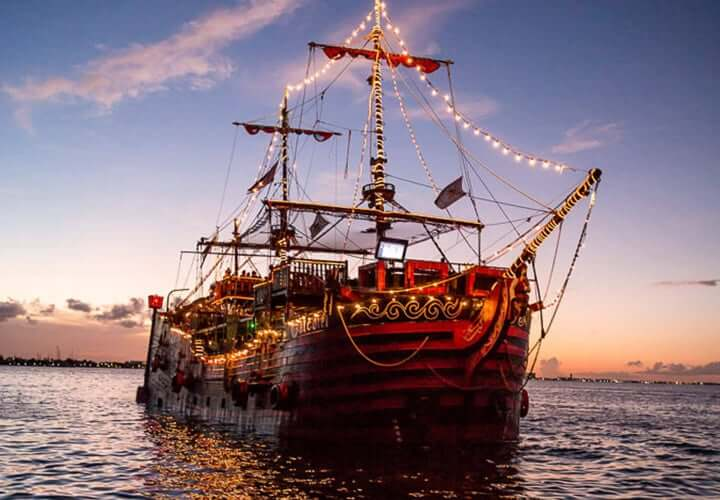 Jantar no barco do Capitão Gancho