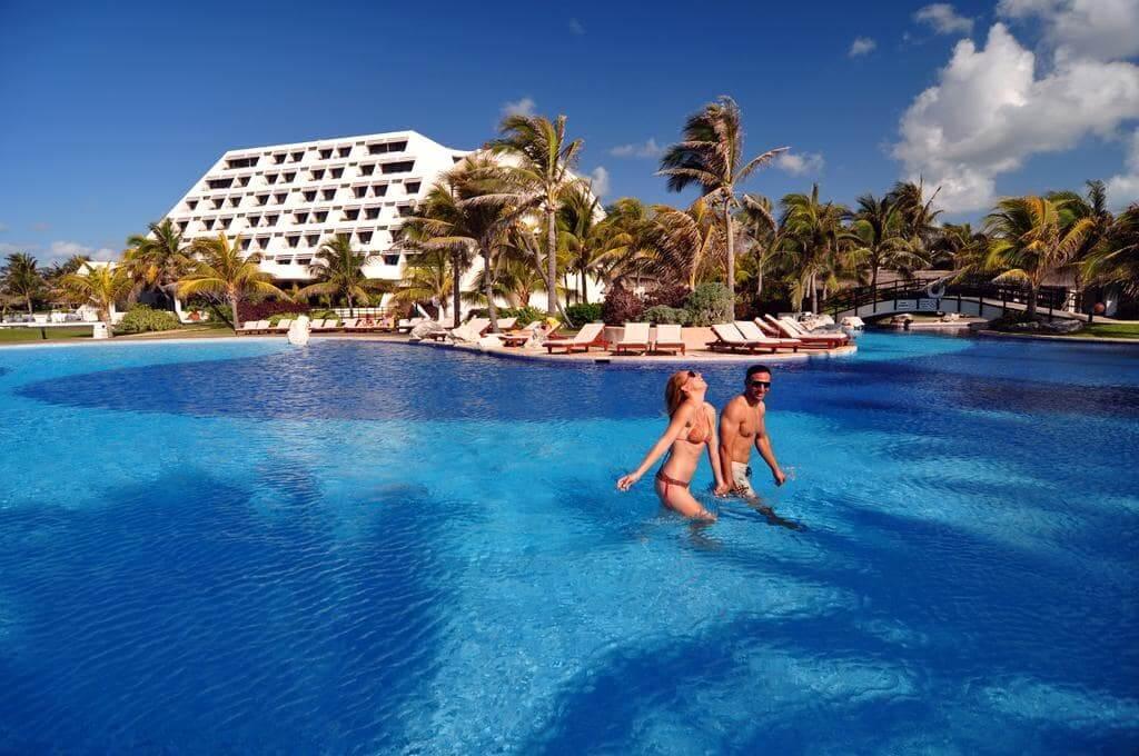 Entenda o fuso horário em Cancún x Brasil