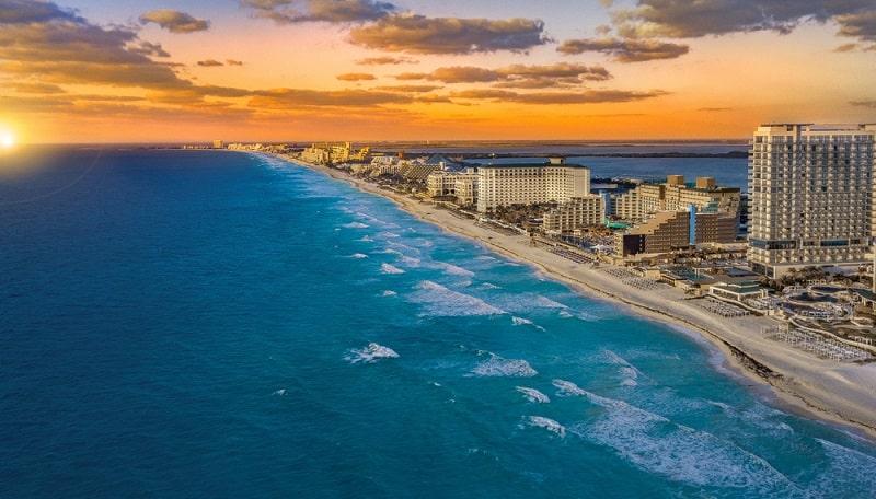 Atardecer en Cancún - México