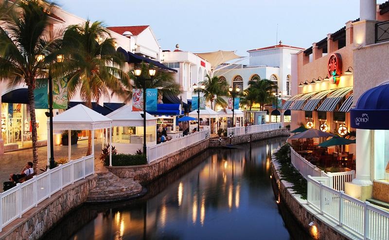 Centro Comerciales en Cancún