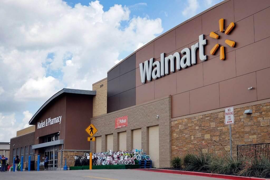 Compras no Walmart em Cancún