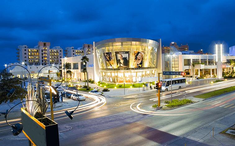 Kukulcan Plaza para comprar roupas em Cancún