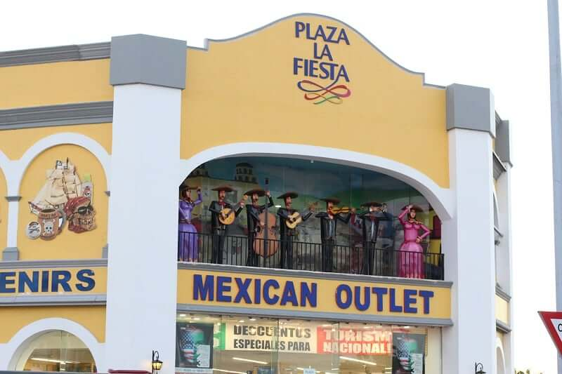 Loja Plaza La Fiesta para comprar lembrancinhas e souvenirs em Cancún