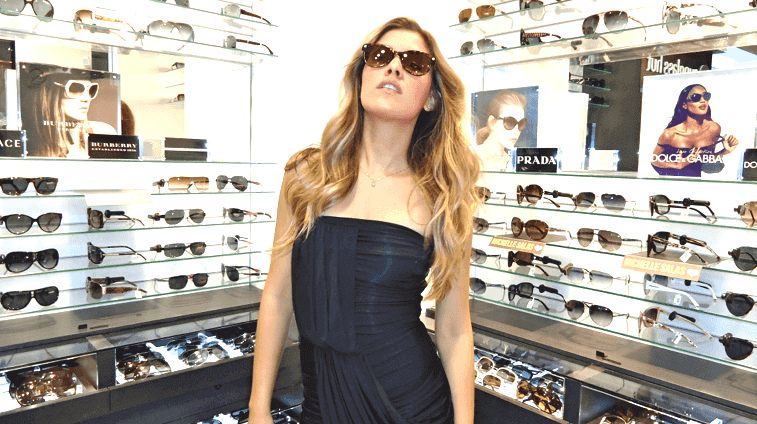 Loja Sunglasses Hut em Cancún