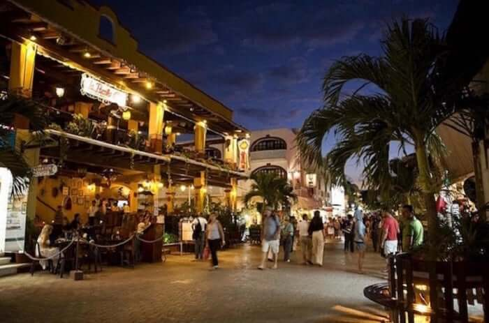 Quinta Avenida para comprar roupas em Cancún