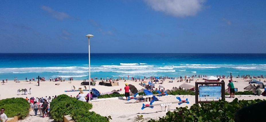 Playa Delfines no Ano Novo em Cancún