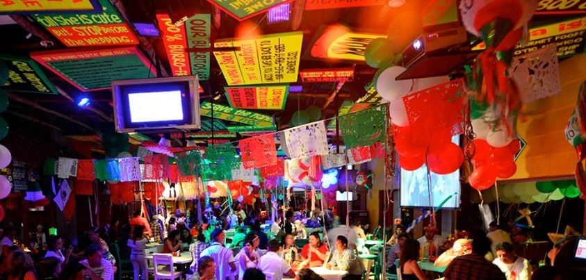 Balada e bar Señor Frog's em Cancún
