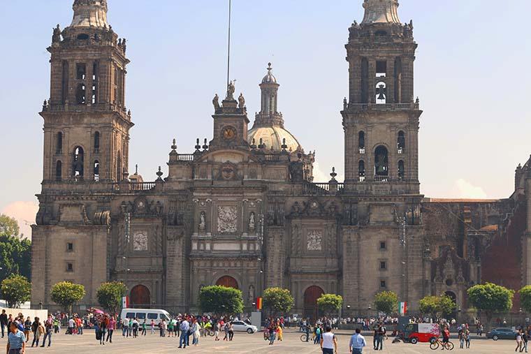 Ponto turístico Zócalo ou Plaza de La Constitución na Cidade do México
