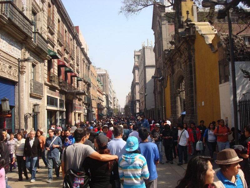 Passeio no Zócalo ou Plaza de La Constitución na Cidade do México