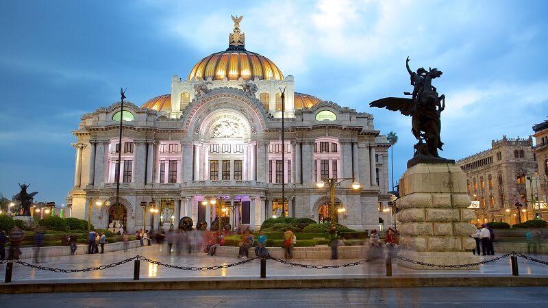 Museu de Bellas Artes na Cidade do México