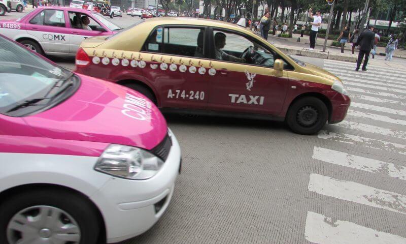 Como andar na Cidade do México de táxi