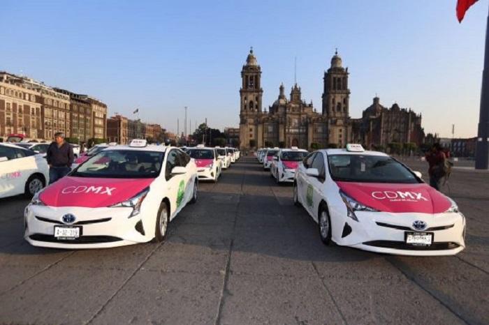 Andar de táxi na Cidade do México