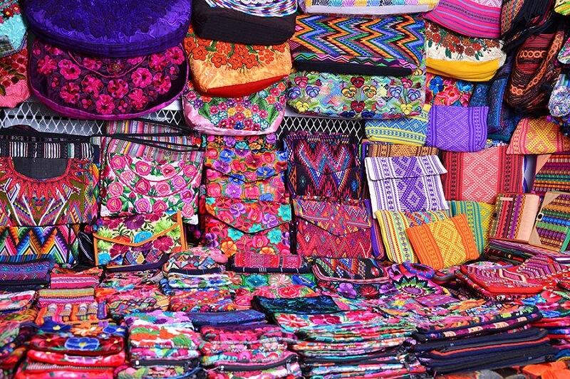 Compras de lembrancinhas nas galerias e feiras de artesanato na Cidade do México
