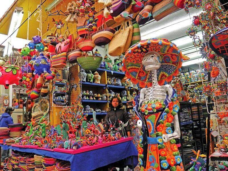 Compras de lembrancinhas no Mercado Artesanal La Ciudadela na Cidade do México
