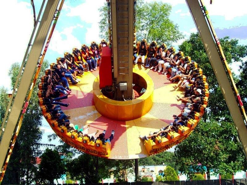 Atrações no Parque Six Flags na Cidade do México