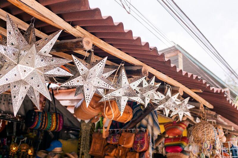 Compras nas tendas e feiras em Tulum