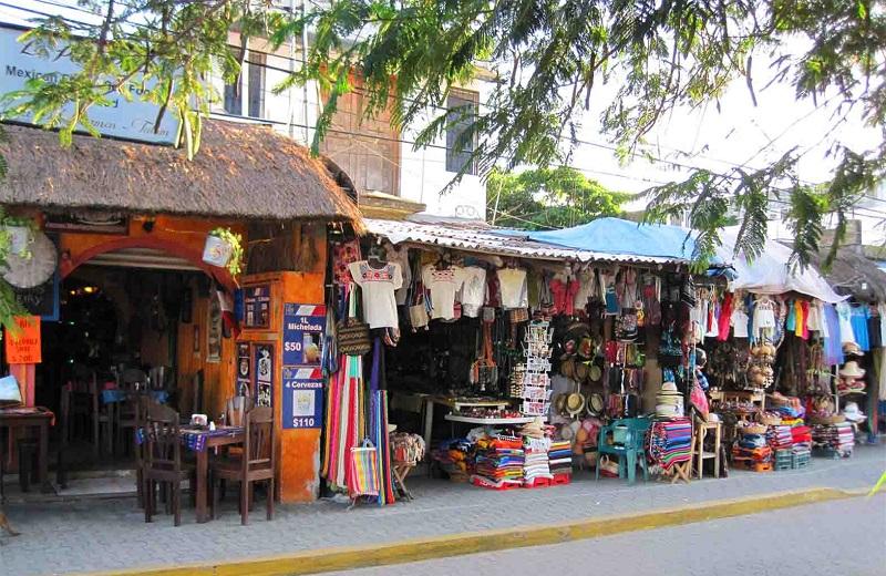 Compras de lembrancinhas e souvenirs no Centro em Tulum