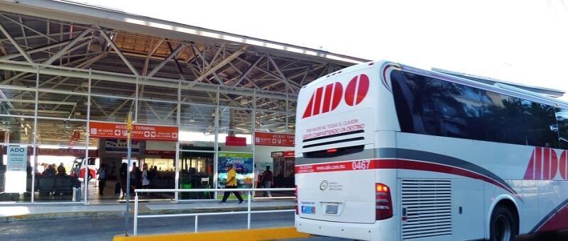 Ir do aeroporto de Cancún até o centro de Tulum de ônibus