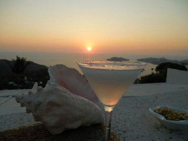 Ir nos bares a noite em Acapulco