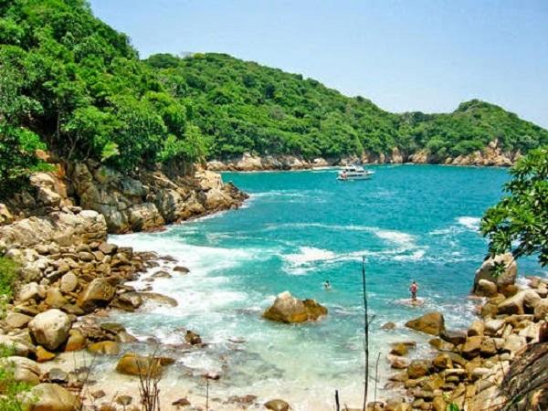 Verão na Ilha da Roqueta em Acapulco