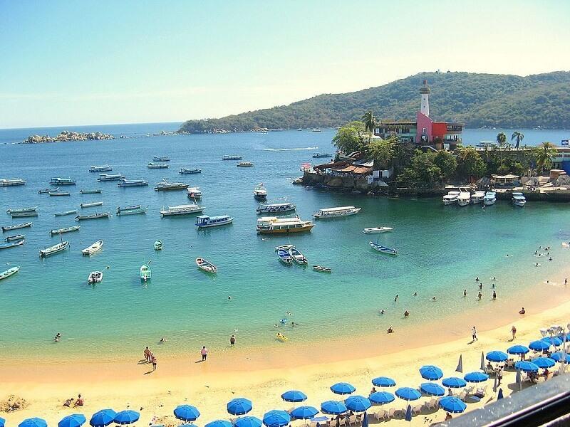 Roteiro de 2 dias em Acapulco: Praia Caletilla