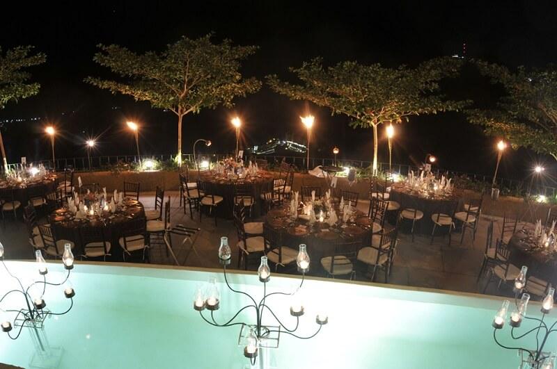 Ir nos restaurantes a noite em Acapulco