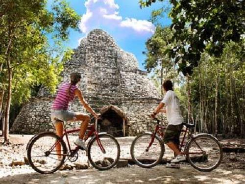 Paseo en Cobá en Cancún