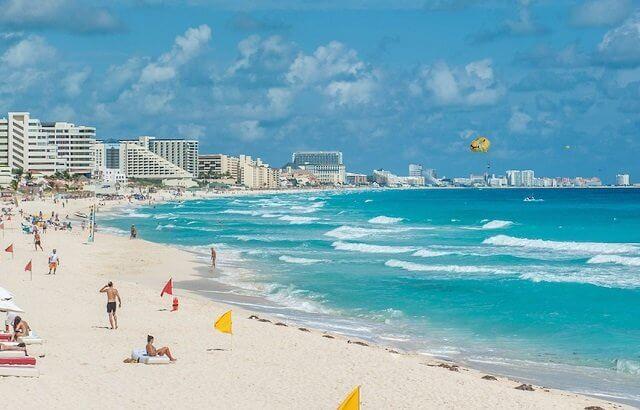Cancún em fevereiro