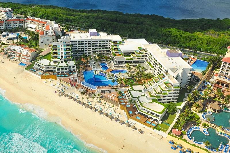 Movimentação de turistas e hospedagens no mês de agosto em Cancún