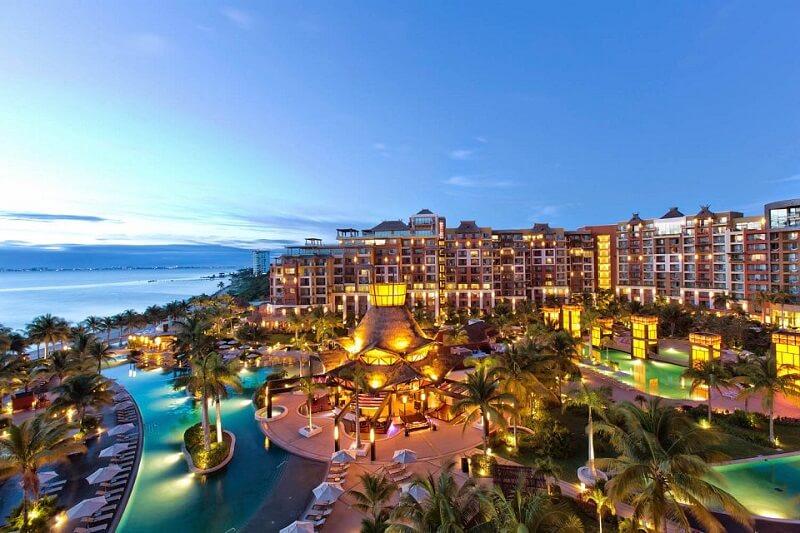 Movimiento de turistas y hospedajes en el mes de Febrero en Cancún