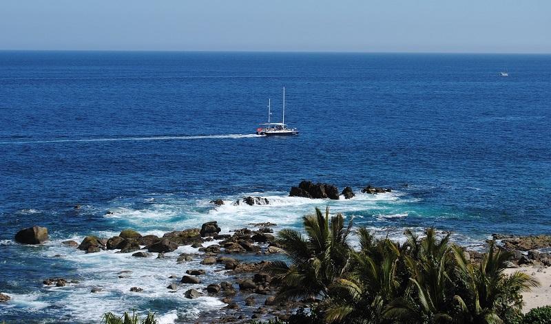 Passeio romântico de barco ou catamarã em Los Cabos