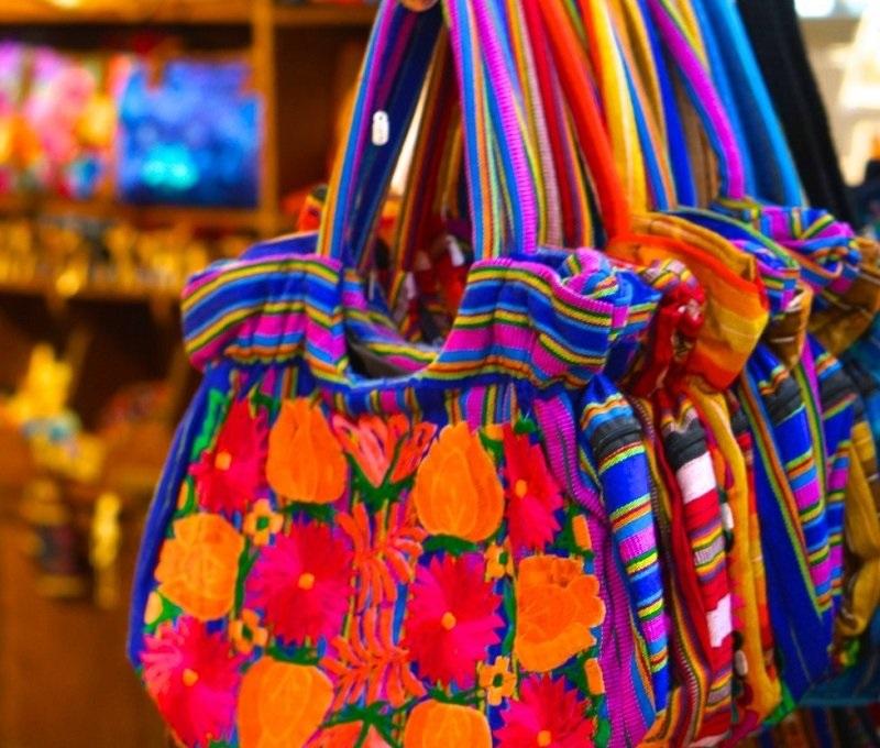 Compras nas ruas e feiras de Acapulco