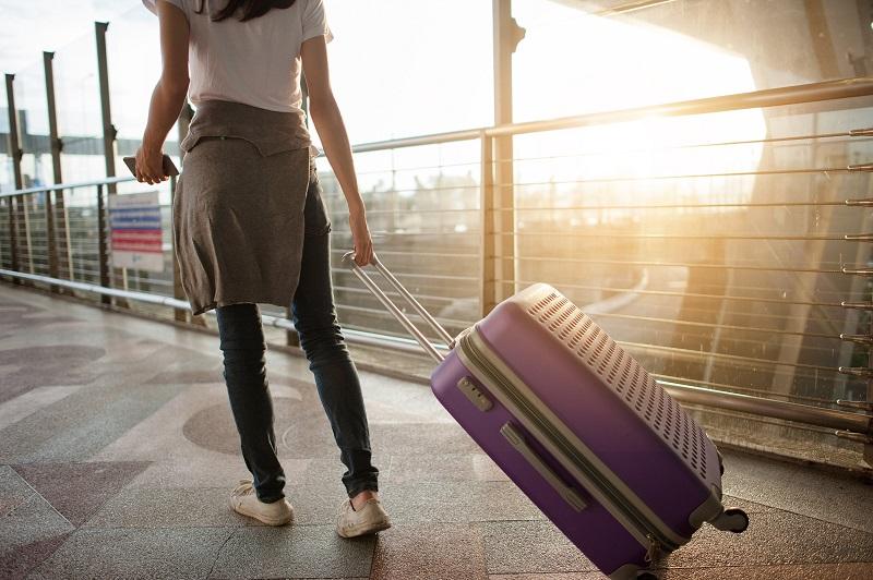 Pessoa indo viajar para Los Cabos