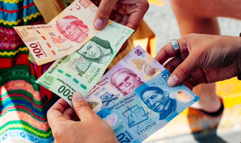Pesos en Cancún