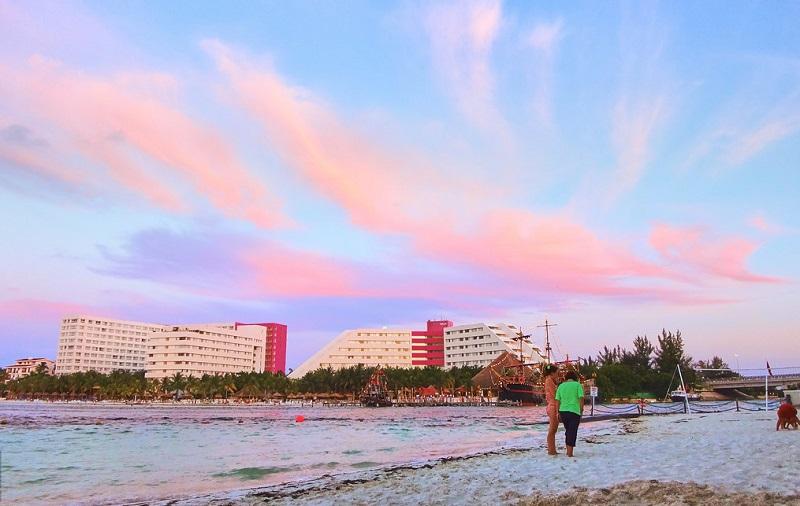 Playas más bellas de México: Playa Linda en Cancún
