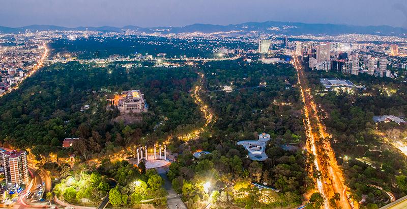 Noche en el Bosque Chapultepec en Ciudad de México