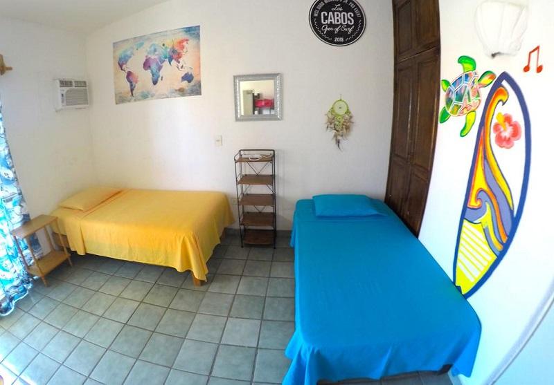 """Habitación en Surf Hostel Cabo """"The Riptide"""" en Los Cabos"""